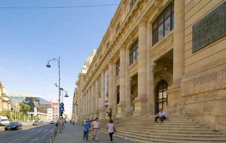 visitar museo historia rumania